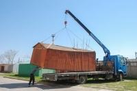 В Евпатории возобновились работы по демонтажу незаконно установленных металлических гаражей