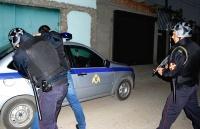 В Керчи росгвардейцы защитили девушку от нападения вооруженного ножом хулигана