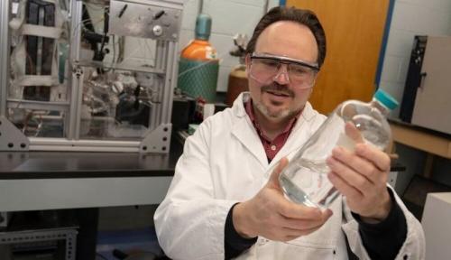 Необычные микроб и процесс экстракции могут составить экономный способ создать биотопливо