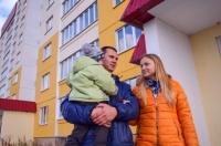 Более 50 молодых семей в Севастополе получили сертификаты на жильё