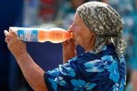 Свежевыжатые соки признали смертельно опасными