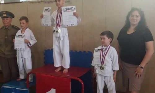 В Керчи прошел турнир по карате «Памяти героев Аджимушкая»