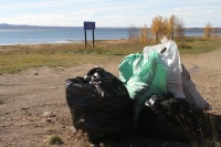 Крымские спасатели помогли очистить от мусора 18 км береговой линии Азовского и Черного морей
