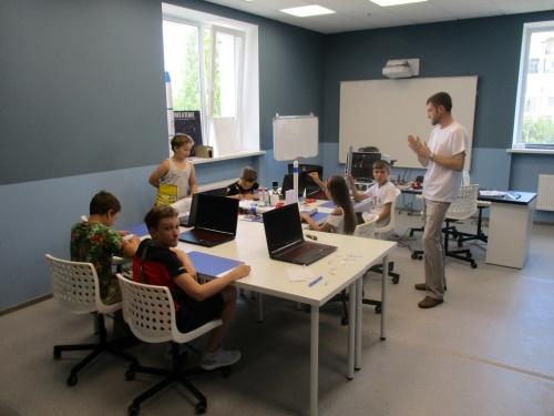 В Евпатории состоялся день открытых дверей в детском технопарке «Кванториум»