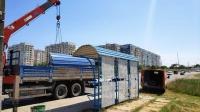 В Керчи приступили к демонтажу старых остановочных павильонов