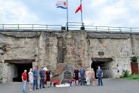 Крымские росгвардейцы почтили память павших защитников Отечества в историко-мемориальном комплексе «35-я береговая батарея»