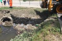 В Симферополе чистят прибрежную зону реки Славянка