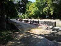 На набережной Салгира в Симферополе приступили к укладке тротуарной плитки
