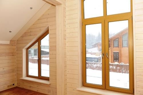 Специалисты рассказали о преимуществах деревянных окон