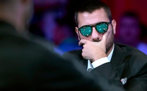 Героем покерного фото года стал брутальный итальянец