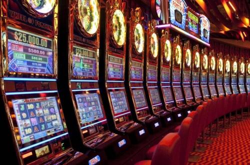 За незаконную организацию азартных игр в Керчи крымчанину дали 1,9 лет колонии