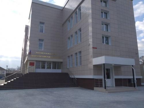 Осужден житель Крыма, скинувший с балкона свою мать