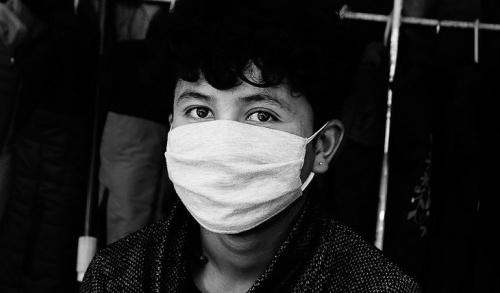 Израильские ученые изобрели самоочищающуюся маску от коронавируса
