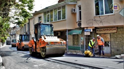 Ялта получила более 23 млн руб на ремонт дорог