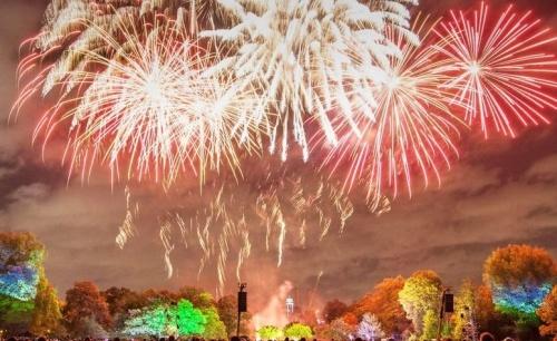 12 июня в Симферополе запустят праздничный фейерверк