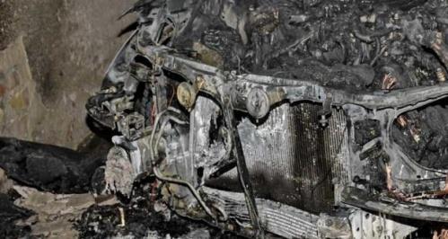 Поджог автомобиля в Ялте. Подозреваемый задержан. Оказалось — дело в ревности