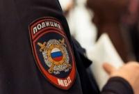 В Симферополе пьяный мужчина разбил ножкой от стула машину соседа