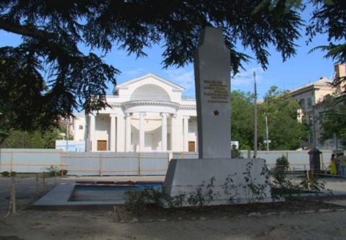 Сквер имени Василия Бузина отремонтируют до конца 2020 года