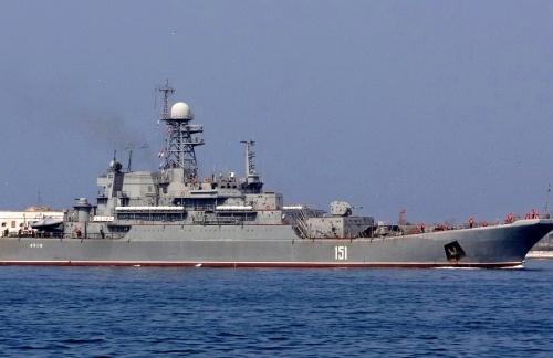 Севастопольские корабелы готовят корабли и суда ЧФ ко Дню военно-морского флота
