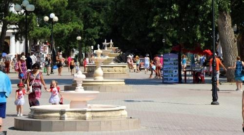 Евпаторийцы категорически против превращения парка Фрунзе в развлекательный «шанхай» – депутат Госсовета