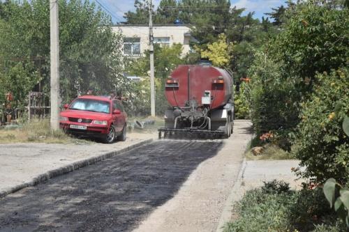 В Евпатории приступили к ремонту еще одной улицы