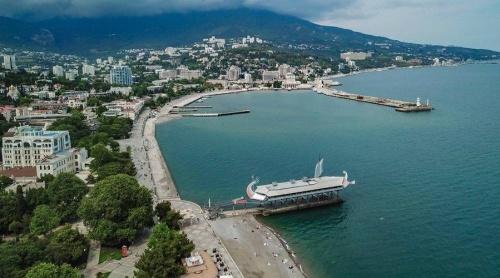 Ялта вошла в тройку самых популярных городов для отдыха в августе