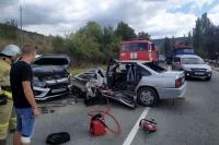 В страшной аварии под Севастополем пострадали три человека