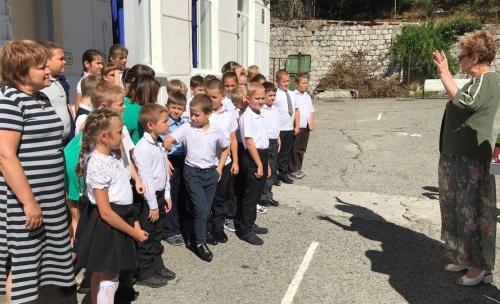 Общественный совет Ялты провел выездную встречу в Симеизе и Алупке