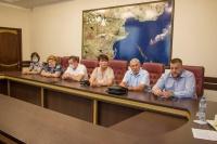 В Керчи началась борьба с онкологическими заболеваниями и отоларингологами