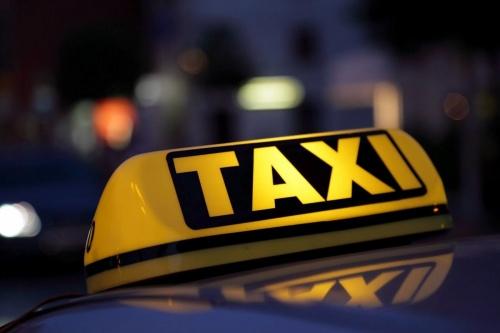 Московский сервис такси «Artur» приятно удивил жителей города Симферополя своими ценами