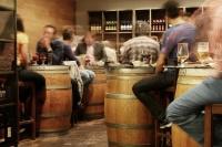 В Севастополе пьяный иностранец громил бар