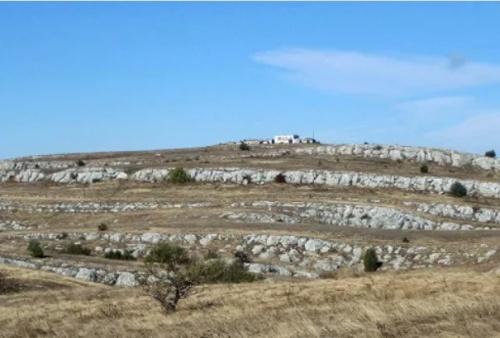«КРЫМ–СПАС» эвакуировал туристов, заблудившихся на плато Караби-Яйла
