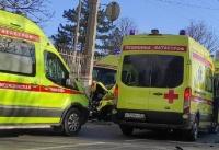 """5 человек пострадали в ДТП со """"скорой"""" в Симферополе"""