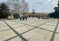 Благоустройство площади перед ДКП в Симферополе подходит к завершению – власти