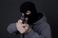 В Симферополе орудовали грабители в масках и с пистолетом