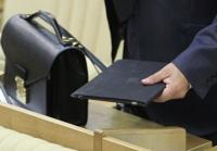 Аксенов объяснил уход министра ЖКХ срывом расселения аварийных домов