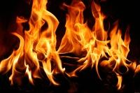 В Ялте ночью в многоквартирном доме произошел пожар