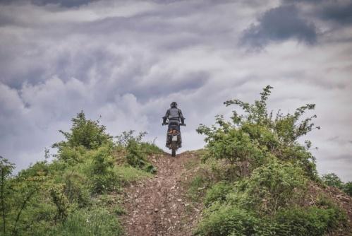 В Севастополе мотоциклист получил травмы, не справившись с управлением