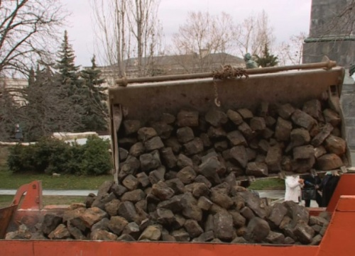 Брусчатку, снятую при капремонте улицы Суворова, вернут на прежнее место