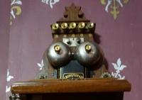Телефонный аппарат Чехова стал объектом выставки одного экспоната в музее писателя в Ялте