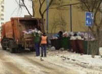 Бороздин рассказал, когда у многоэтажек вывезут переполненные мусором контейнеры
