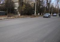 """""""А в чем прикол?"""": почему на улице Кечкеметской срезают недавно уложенный асфальт"""