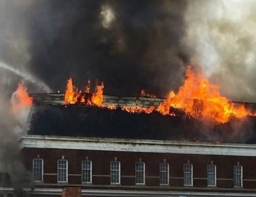 Утром на пожаре в Нахимовском районе Севастополя погиб мужчина