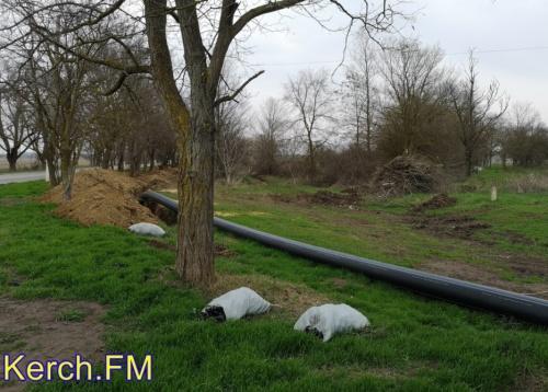 В Керчи продолжают строить подводящий водовод в Аджимушкай