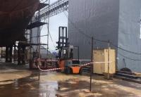 В Керчи на судостроительном заводе рабочему переломало ноги