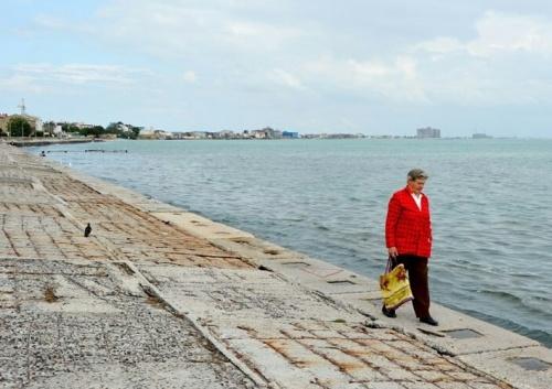 Реконструкция набережной им. Терешковой в Евпатории возобновится на месяц раньше