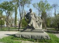 Власти Симферополя рассказали, когда отремонтируют сквер им. Ленина
