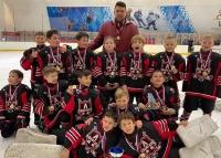 """Ялтинские хоккеисты победили в соревнованиях """"Южный лед"""""""