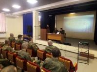 В Керчи сотрудник Госавтоинспекции приняла участие в конференции с военнослужащими железнодорожных войск