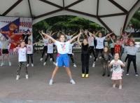 Ялта присоединилась к проекту «Уроки в парках по акробатическому рок-н-роллу и буги-вуги»